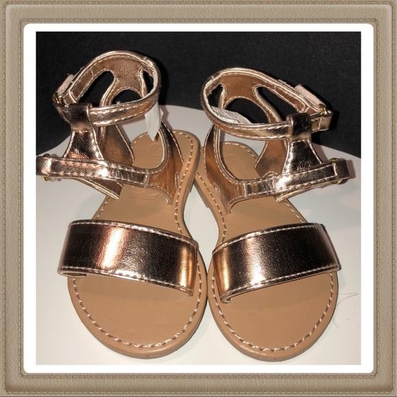 5f91df8d4e44 Size 5 toddler crazy 8 gold gladiator sandals